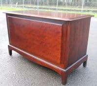 Mahogany Blanket Chest by Stag